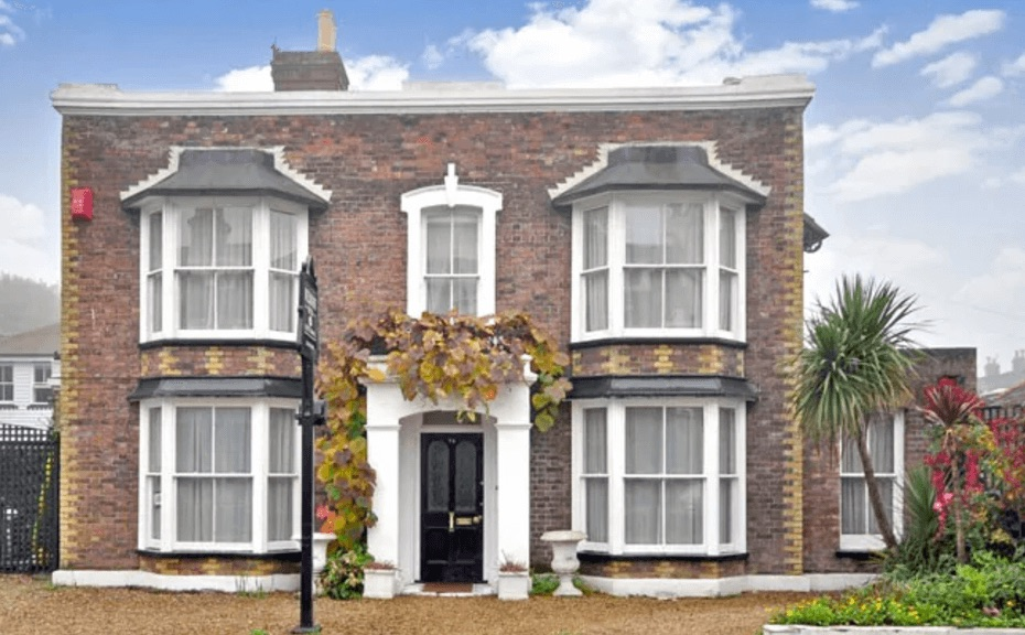 How do I find the right London sash window company?
