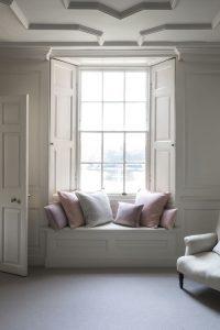 Sash window double glazing excellent condition