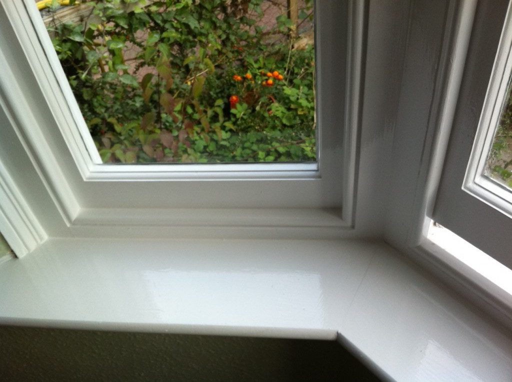 Painting timber sash windows